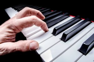 How to Learn To Sing On Pitch – 3 Recommendations For a Budding