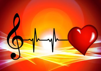 What Are the Health Benefits of Singing – More Reason to Flex Your Vocal Cords